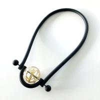 Halsband, BRN010